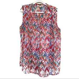 Daniel Rainn Sleeveless V Neck Blouse Top